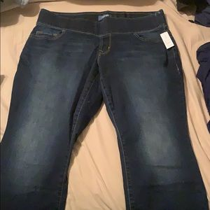 NWT Old Navy Rockstar Plus Jeans
